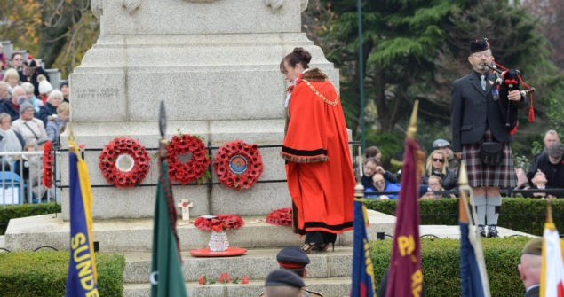 11 November 2018 - The city paid its respect at the annual Remembrance Parade and Service which this year marked the centenary of the end of the First World War.